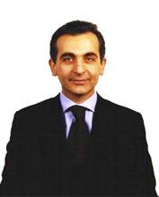 Il professor Adolfo Parmaliana